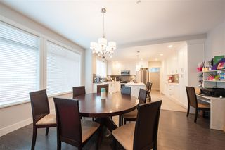 "Photo 5: 12176 204B Street in Maple Ridge: Northwest Maple Ridge House for sale in ""VILLAGE WALK"" : MLS®# R2345411"