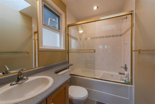 Photo 13: 7091 NELSON Avenue in Burnaby: Metrotown House 1/2 Duplex for sale (Burnaby South)  : MLS®# R2345933