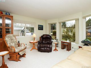 Photo 3: 5 2607 Selwyn Rd in VICTORIA: La Mill Hill Manufactured Home for sale (Langford)  : MLS®# 808248
