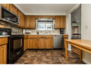 """Photo 8: 4 33951 MARSHALL Road in Abbotsford: Central Abbotsford Townhouse for sale in """"Arrowwood Village"""" : MLS®# R2348163"""