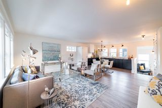 Photo 3: 8928 146 Street in Edmonton: Zone 10 House for sale : MLS®# E4149073