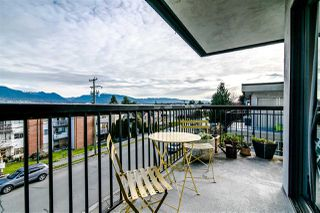 "Photo 4: 302 444 E 6TH Avenue in Vancouver: Mount Pleasant VE Condo for sale in ""TERRACE HEIGHTS"" (Vancouver East)  : MLS®# R2353755"