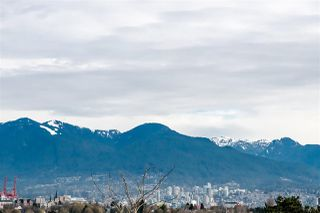 """Photo 19: 302 444 E 6TH Avenue in Vancouver: Mount Pleasant VE Condo for sale in """"TERRACE HEIGHTS"""" (Vancouver East)  : MLS®# R2353755"""