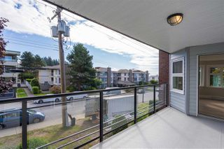 "Photo 7: 205 1273 MERKLIN Street: White Rock Condo for sale in ""CLIFTON LANE"" (South Surrey White Rock)  : MLS®# R2357564"