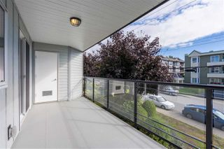 "Photo 6: 205 1273 MERKLIN Street: White Rock Condo for sale in ""CLIFTON LANE"" (South Surrey White Rock)  : MLS®# R2357564"