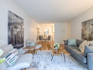 "Main Photo: 304 330 E 1ST Street in North Vancouver: Lower Lonsdale Condo for sale in ""Portree House"" : MLS®# R2361112"