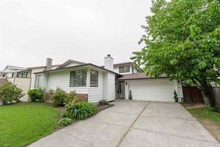 Main Photo: 14477 91A Avenue in Surrey: Bear Creek Green Timbers House for sale : MLS®# R2372751