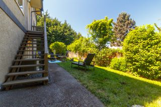 Photo 34: 822 Macleod Avenue in VICTORIA: Es Rockheights Single Family Detached for sale (Esquimalt)  : MLS®# 411202