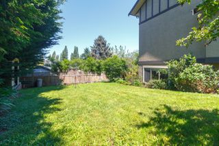 Photo 41: 822 Macleod Avenue in VICTORIA: Es Rockheights Single Family Detached for sale (Esquimalt)  : MLS®# 411202