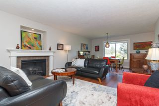 Photo 11: 822 Macleod Avenue in VICTORIA: Es Rockheights Single Family Detached for sale (Esquimalt)  : MLS®# 411202