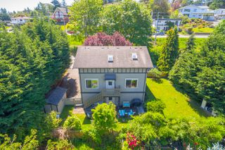 Photo 3: 822 Macleod Avenue in VICTORIA: Es Rockheights Single Family Detached for sale (Esquimalt)  : MLS®# 411202