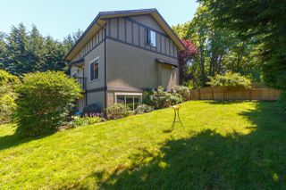 Photo 40: 822 Macleod Avenue in VICTORIA: Es Rockheights Single Family Detached for sale (Esquimalt)  : MLS®# 411202