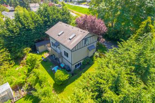 Photo 2: 822 Macleod Avenue in VICTORIA: Es Rockheights Single Family Detached for sale (Esquimalt)  : MLS®# 411202