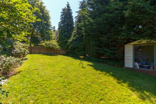 Photo 39: 822 Macleod Avenue in VICTORIA: Es Rockheights Single Family Detached for sale (Esquimalt)  : MLS®# 411202