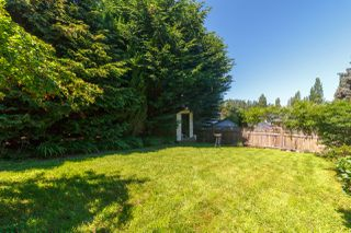 Photo 42: 822 Macleod Avenue in VICTORIA: Es Rockheights Single Family Detached for sale (Esquimalt)  : MLS®# 411202