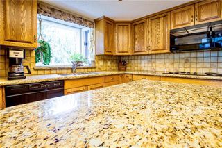 Photo 6: 23 CEDARBROOK Close SW in Calgary: Cedarbrae Detached for sale : MLS®# C4247711