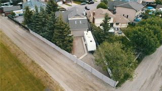 Photo 33: 23 CEDARBROOK Close SW in Calgary: Cedarbrae Detached for sale : MLS®# C4247711