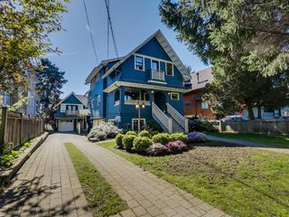Photo 3: 2328 West 5th Ave in Vancouver: Kitsilano Home for sale ()  : MLS®# R2052692