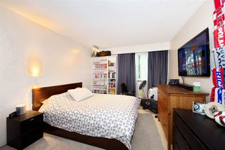 """Photo 2: 213 680 E 5TH Avenue in Vancouver: Mount Pleasant VE Condo for sale in """"MACDONALD HOUSE"""" (Vancouver East)  : MLS®# R2386585"""