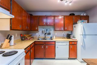 """Photo 4: 301 12170 222 Street in Maple Ridge: West Central Condo for sale in """"WILDWOOD TERRACE"""" : MLS®# R2395096"""