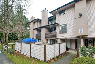 "Photo 1: 14831 HOLLY PARK Lane in Surrey: Guildford Townhouse for sale in ""HOLLY PARK"" (North Surrey)  : MLS®# R2427692"