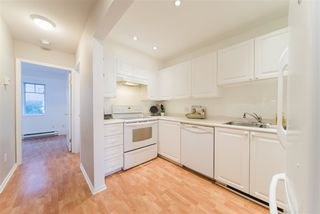 Photo 6: 2422 E 8TH Avenue in Vancouver: Renfrew VE Townhouse for sale (Vancouver East)  : MLS®# R2428535