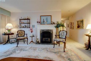 Photo 5: 403 614 Fernhill Place in VICTORIA: Es Rockheights Condo Apartment for sale (Esquimalt)  : MLS®# 420877