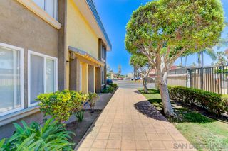 Photo 2: EAST SAN DIEGO Condo for sale : 1 bedrooms : 1641 Pentecost Way #12 in San Diego