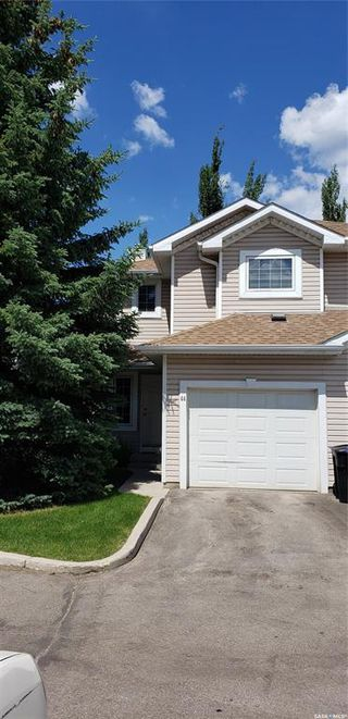 Main Photo: 44 215 Pinehouse Drive in Saskatoon: Lawson Heights Residential for sale : MLS®# SK814450