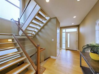 Photo 18: 381 MEADOWVIEW Drive: Fort Saskatchewan House for sale : MLS®# E4207656
