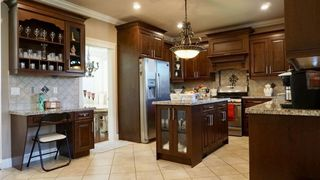 Photo 12: 5958 151 Street in Surrey: Sullivan Station House for sale : MLS®# R2490671