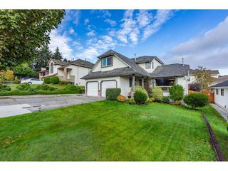 Main Photo: 19083 61A Avenue in Surrey: Cloverdale BC House for sale (Cloverdale)  : MLS®# R2511308
