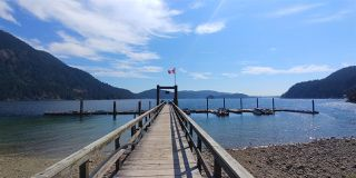 "Photo 6: 18 BRIGHTON Beach in North Vancouver: Indian Arm House for sale in ""Brighton Beach"" : MLS®# R2526167"