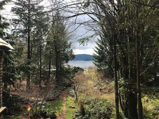 "Photo 12: 18 BRIGHTON Beach in North Vancouver: Indian Arm House for sale in ""Brighton Beach"" : MLS®# R2526167"