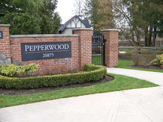 "Photo 2: 57 20875 80TH Avenue in Langley: Willoughby Heights Townhouse for sale in ""Pepperwood"" : MLS®# F1107056"