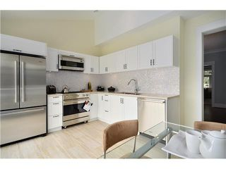 Photo 4: 3541 W 8TH Avenue in Vancouver: Kitsilano House 1/2 Duplex for sale (Vancouver West)  : MLS®# V900175