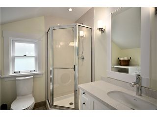 Photo 8: 3541 W 8TH Avenue in Vancouver: Kitsilano House 1/2 Duplex for sale (Vancouver West)  : MLS®# V900175