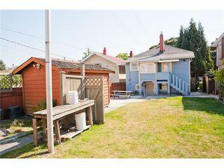 Photo 8: 2709 E PENDER Street in Vancouver: Renfrew VE House for sale (Vancouver East)  : MLS®# V908611