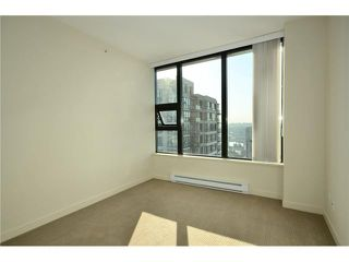 "Photo 9: 3105 928 HOMER Street in Vancouver: Yaletown Condo for sale in ""YALETOWN PARK 1"" (Vancouver West)  : MLS®# V908843"