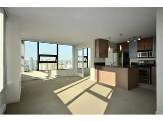 "Photo 2: 3105 928 HOMER Street in Vancouver: Yaletown Condo for sale in ""YALETOWN PARK 1"" (Vancouver West)  : MLS®# V908843"