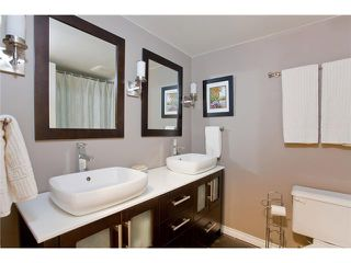 """Photo 9: 110 2688 WATSON Street in Vancouver: Mount Pleasant VE Townhouse for sale in """"TALA VERA"""" (Vancouver East)  : MLS®# V911021"""