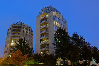 "Photo 1: 800 5890 BALSAM Street in Vancouver: Kerrisdale Condo for sale in ""CAVENDISH"" (Vancouver West)  : MLS®# V912082"