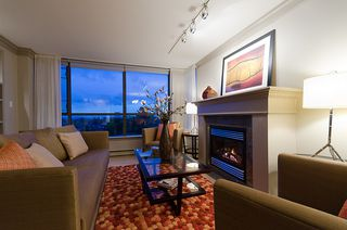 "Photo 5: 800 5890 BALSAM Street in Vancouver: Kerrisdale Condo for sale in ""CAVENDISH"" (Vancouver West)  : MLS®# V912082"