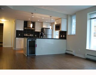 Photo 3: 227 188 KEEFER Place in Vancouver: Downtown VW Condo for sale (Vancouver West)  : MLS®# V799221