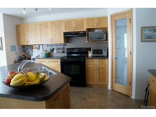 Photo 6:  in WINNIPEG: Transcona Residential for sale (North East Winnipeg)  : MLS®# 1402010