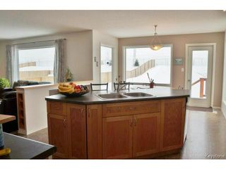 Photo 9:  in WINNIPEG: Transcona Residential for sale (North East Winnipeg)  : MLS®# 1402010