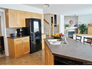 Photo 5:  in WINNIPEG: Transcona Residential for sale (North East Winnipeg)  : MLS®# 1402010