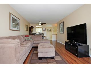 "Photo 10: 215 19835 64TH Avenue in Langley: Willoughby Heights Condo for sale in ""Willowbrook Gate"" : MLS®# F1429929"