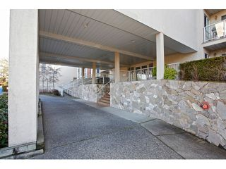 "Photo 3: 215 19835 64TH Avenue in Langley: Willoughby Heights Condo for sale in ""Willowbrook Gate"" : MLS®# F1429929"