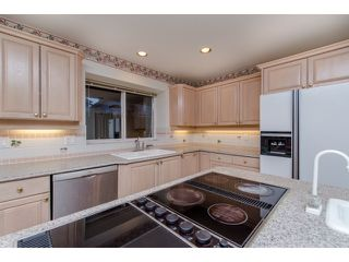 """Photo 8: 10261 168 Street in Surrey: Fraser Heights House for sale in """"Fraser Heights-Pacific Academy"""" (North Surrey)  : MLS®# R2027341"""